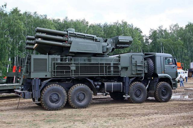 Sistema antiaéreo Pantsir-S. New_Pantsir_S-2_mobile_gun-missile_air_defense_system_will_enter_in_service_with_Russian_Army_640_001