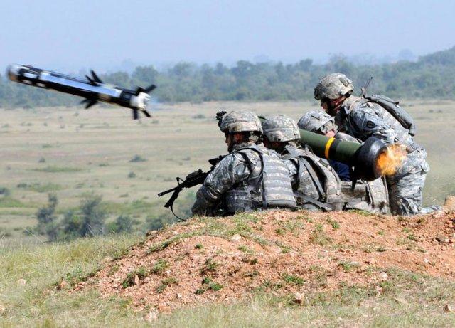 جافلين هيلفاير للاردن Jordan_and_Estonia_order_FGM_148_Javelin_anti_tank_missile_systems_640_001
