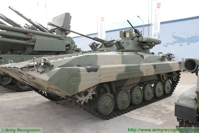 BMP-1/BMP-2 in Russian Army - Page 3 Berezhok_combat_turret_has_increased_the_firepower_of_BMP-2_IFV_Infantry_Fighting_Vehicle_640_001