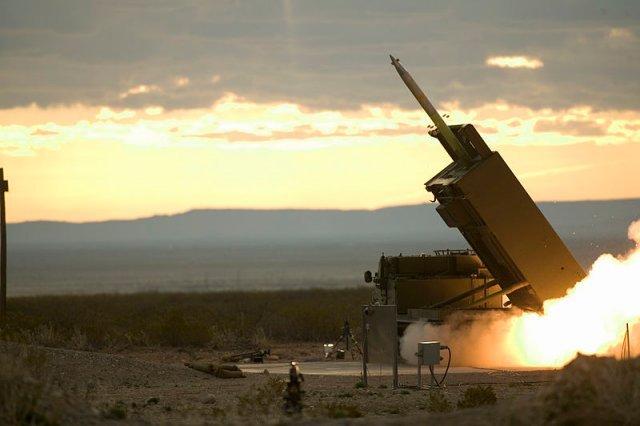 الاردن , فنلندا , سنغافورة و اسرائيل تتحصل علي GMLRS Lockheed_Martin_to_provide_GMLRS_alternative_warhead_rocket_pods_to_israel_Finland_Jordan_and_Singapore_640_001