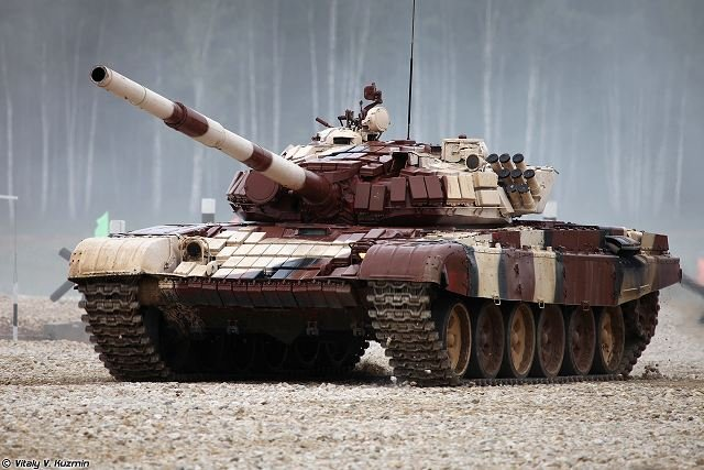 T-72 ΜΒΤ modernisation and variants - Page 15 Russian_T72-B_tank_crews_launched_a_training_in_Armenia_640_001