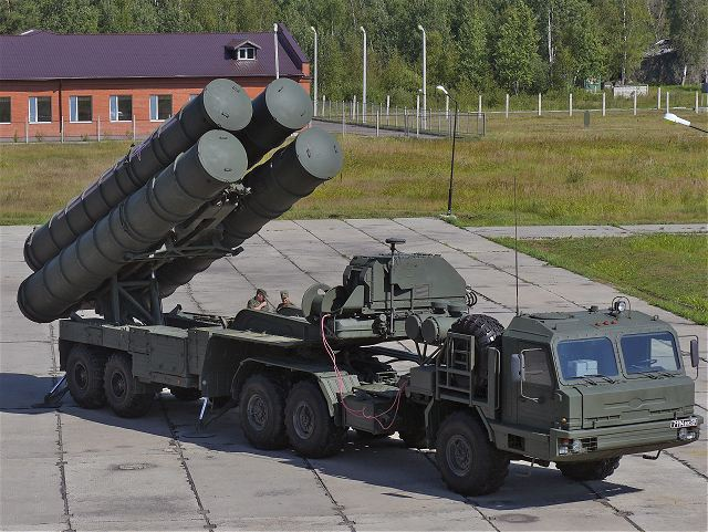 The Russian Military Automotive Fleet - Page 3 Truck_tractors_for_S-400_and_S-500_air_defense_missile_system_will_powered_by_new_diesel_engines_640_001