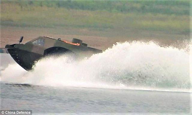 الصين تطور اسرع عربه مدرعه برمائيه في العالم  China_has_developed_the_fastest_4x4_amphibious_armoured_vehicle_in_the_world_640_002