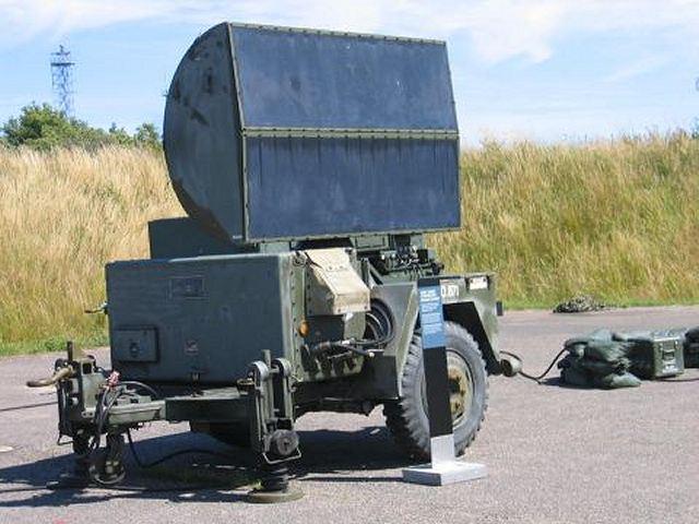 الجيش الملكي المغربي من الالف الى الياء CWAR_Continuous_Wave_Acquisition_Radar_AN_MPQ-55_for_HAWK_MIM-23_ground-to-air_missile_system_001