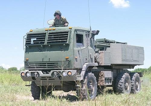 الأردن يطلب راجمات صواريخ ومعدات اخري من امريكا HIMARS_High_Mobility_Artillery_Rocket_System_US-Army_United_States_03