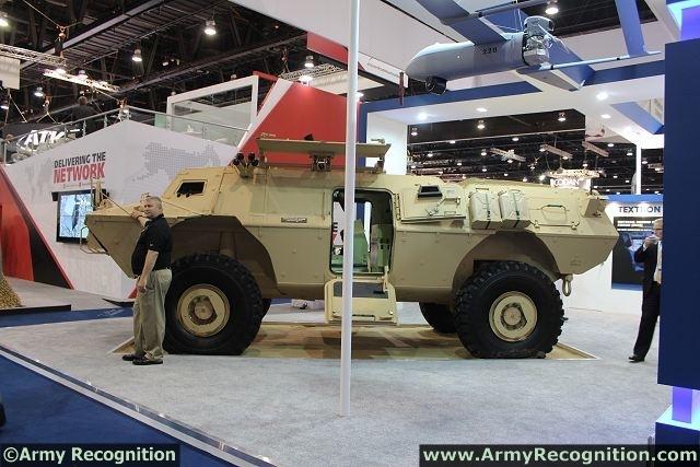 الفدائي ....المركبة المدرعة Commando_Select_120mm_Mortar_carrier_Vehicle_Textron_Marine_Land_Systems_United_States_640_002