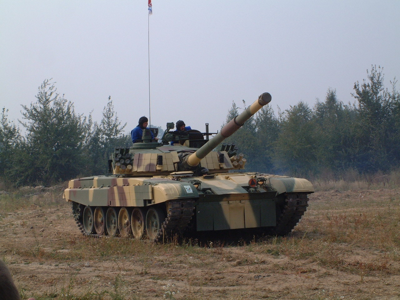 "LES ""MBT"" - Page 15 Pt-91m_poland_ArmyRecognition_7_007"