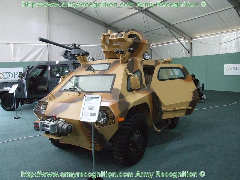 المغرب يطور طائراته العسكرية بمساعدة الصناعات الجوية الإسرائيلية - صفحة 2 Stallion_wheeled_armoured_vehicle_KADDB_Jordan_Sofex_2008_002