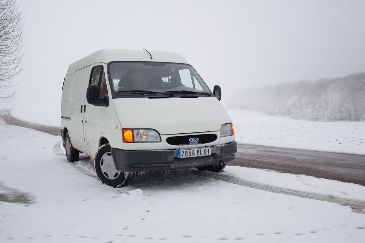 [Mk5] - Chassis cab' caisse déménagement - Page 6 IMG_8903