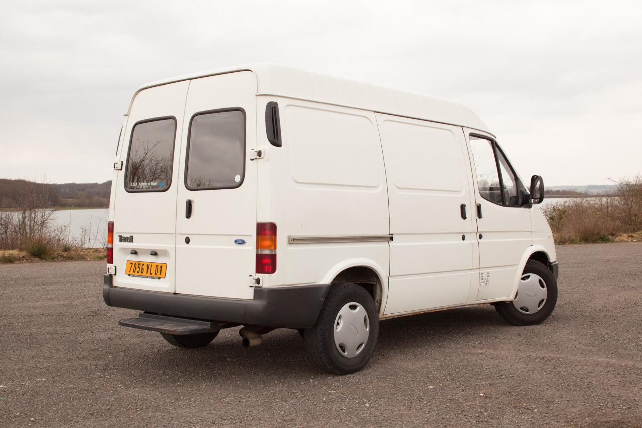 [Mk5] - Chassis cab' caisse déménagement - Page 6 IMG_8916