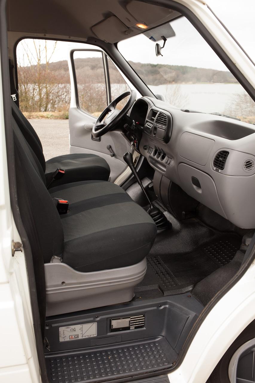 [Mk5] - Chassis cab' caisse déménagement - Page 6 IMG_8919