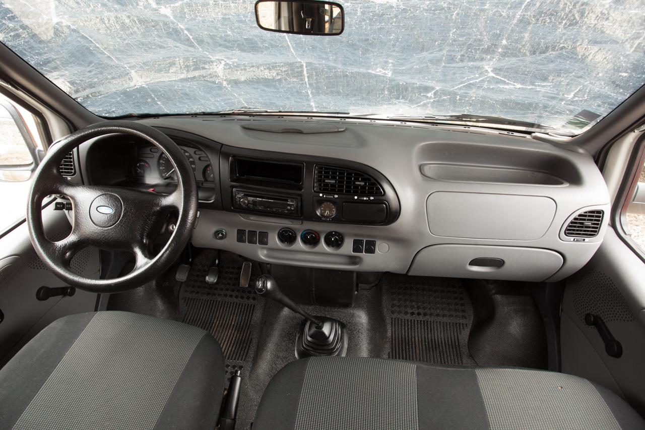 [Mk5] - Chassis cab' caisse déménagement - Page 6 IMG_8928