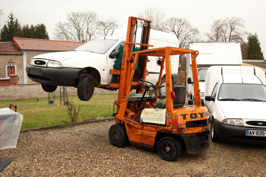[Mk5] - Chassis cab' caisse déménagement - Page 6 IMG_8161