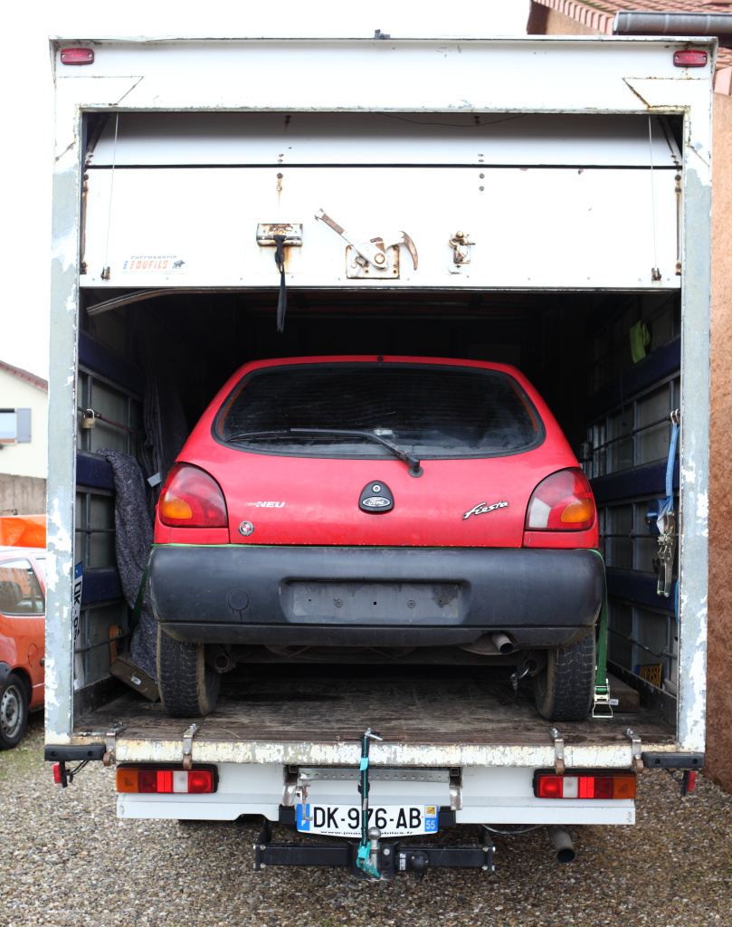 [Mk5] - Chassis cab' caisse déménagement - Page 5 IMG_8121