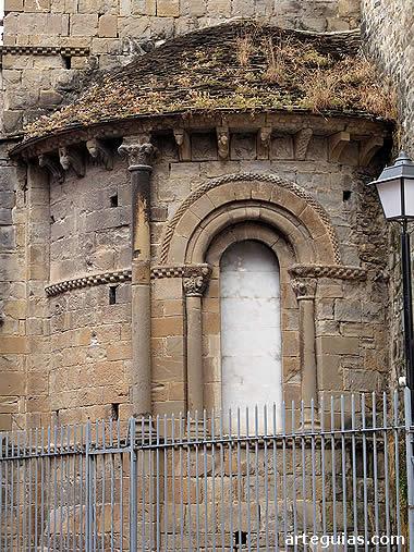 13b. Arte Románico en España Jaca2