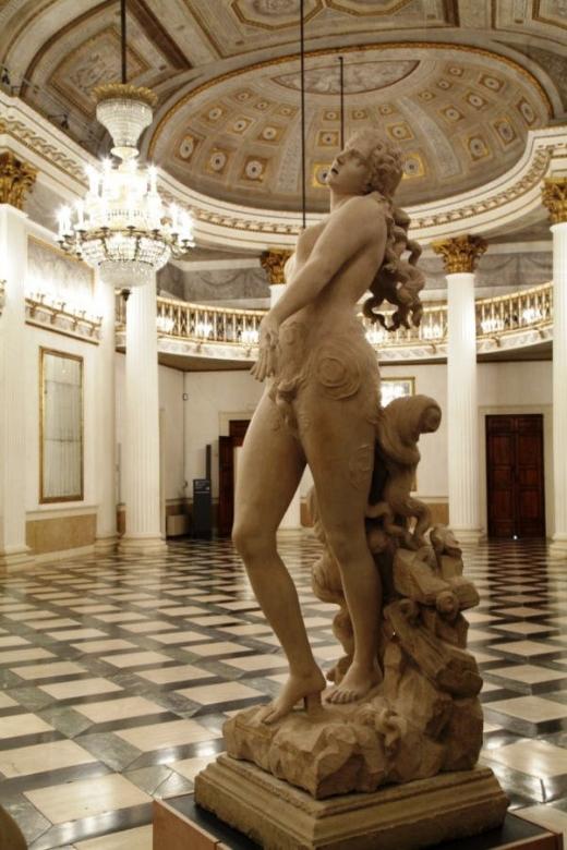 Vajarstvo-skulpture - Page 20 Ad92596c2b24d6756b74512c1c1fb493_M