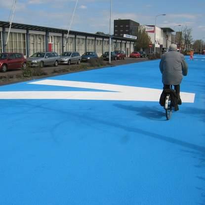 Con đường kì lạ sắc xanh Henke%20Blue2