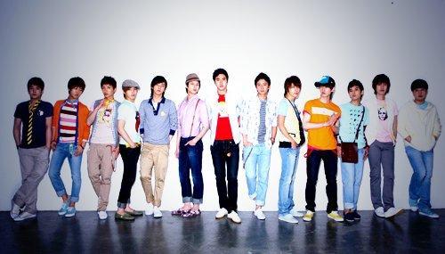 جيجونغ عضو فرقة jyj هنأ سوبر جونيور بمناسبة ذكراهم السنوية التاسعة  Super-junior