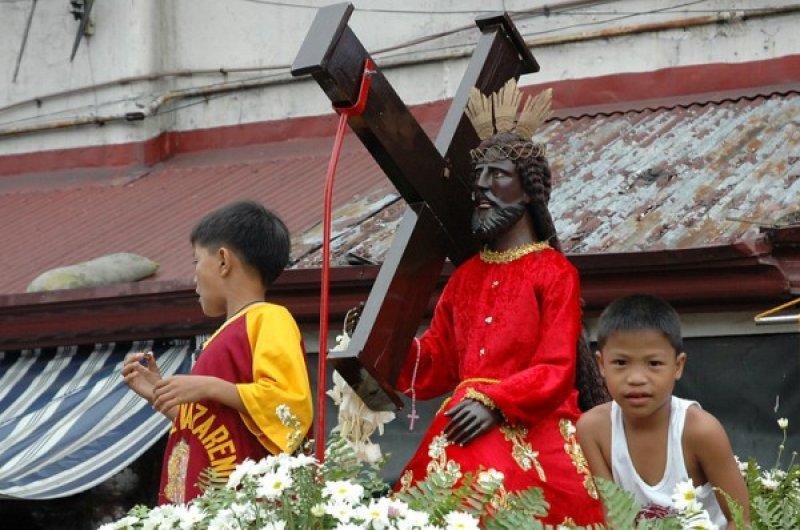 Charred Zone FILIPPINE_-_0108_-_Nazareno_(600_x_398)