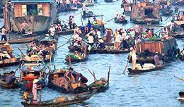 Deep into Mekong river Life 5 days Cho-noi-4-%20new