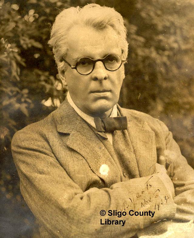 აღმუვლდებიან ქარიშხლები ქალაქის თავზე... Yeats-portrait