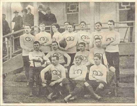Archives : histoire du Stade Français Paris French_team_USFSA_in_England-1893