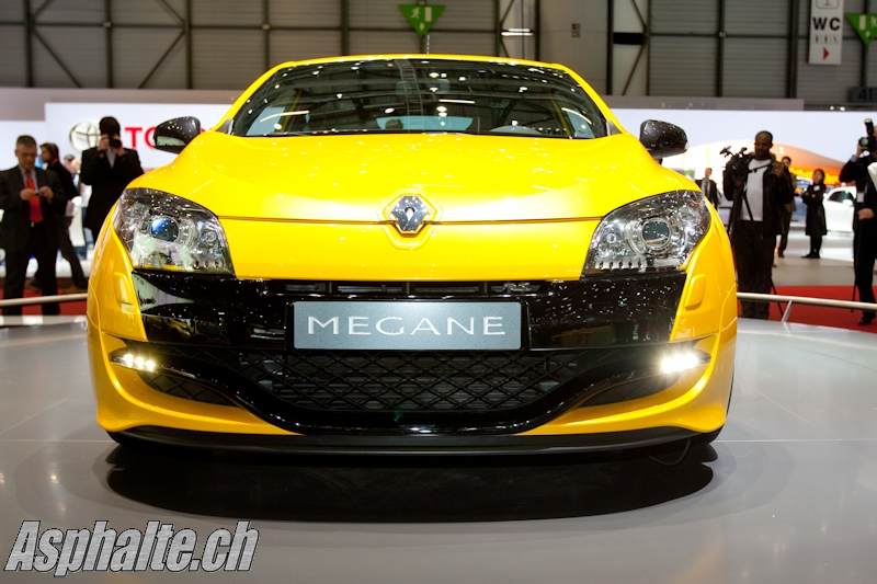 2009 - [Renault] Megane III RS - Page 13 JAD05104