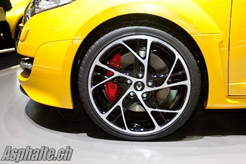 2009 - [Renault] Megane III RS - Page 13 JAD05109