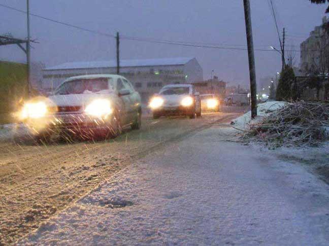 شاهدو صور الثلوج بلاردن اليوم 29\2\ 0-NXVNVN52-29022012110223
