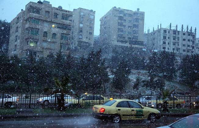 شاهدو صور الثلوج بلاردن اليوم 29\2\ 6-OUHAZD55-29022012110246