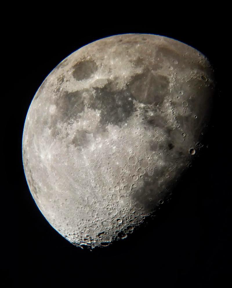 Lune prise au smartphone au cul du mak127 800px_64_1562928272IMG-20190711-220303