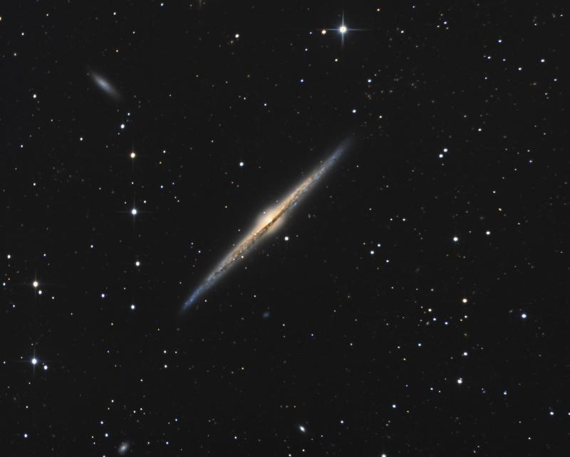 L'incontournable NGC4565  800px_71_1524603003NGC4565Lrgb-70pc