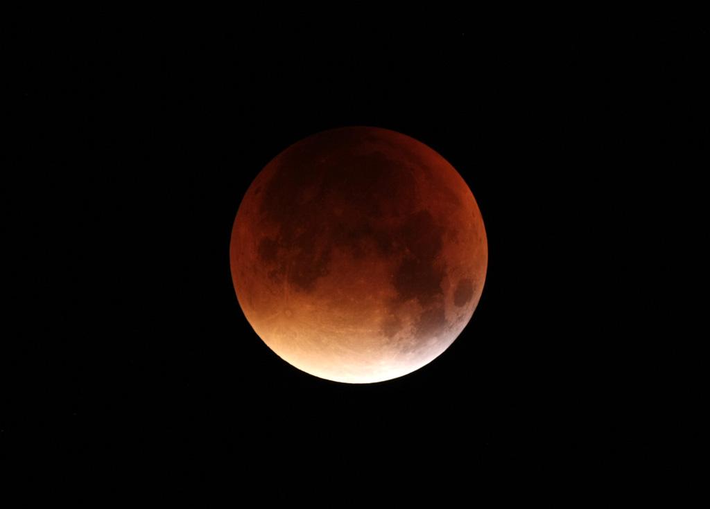 Eclipse de Lune du 28 septembre 2015 - Page 2 IMG_3558tr