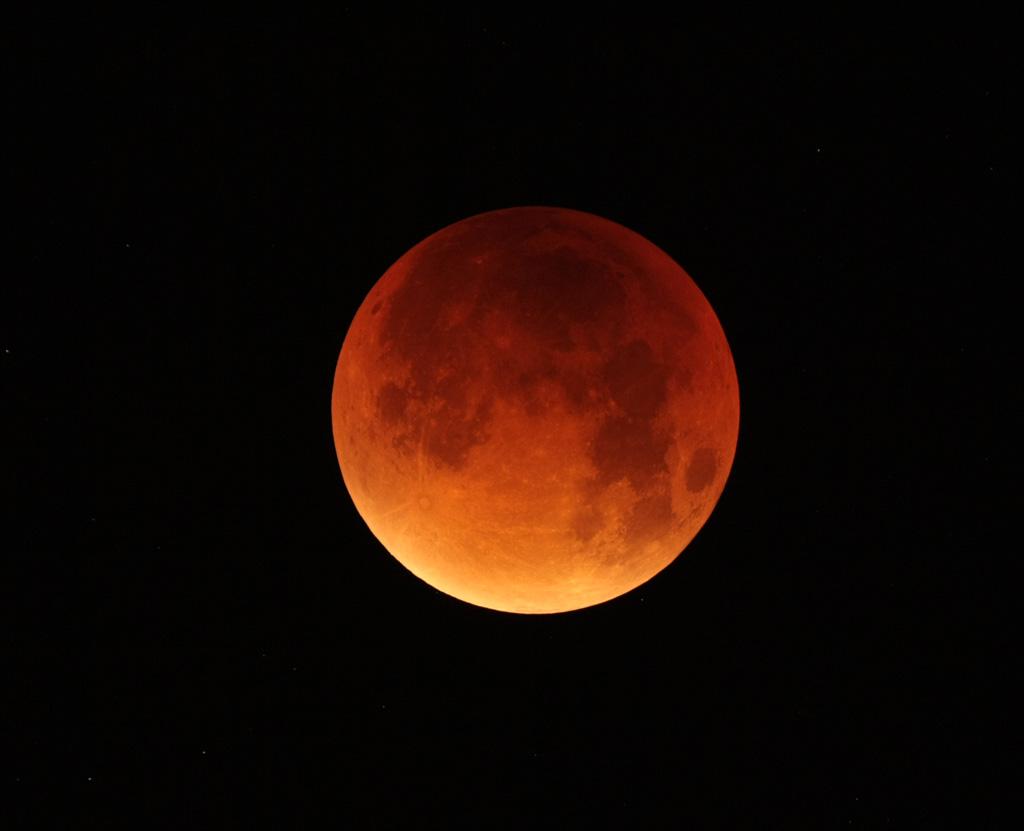 Eclipse de Lune du 28 septembre 2015 - Page 2 IMG_3568tr