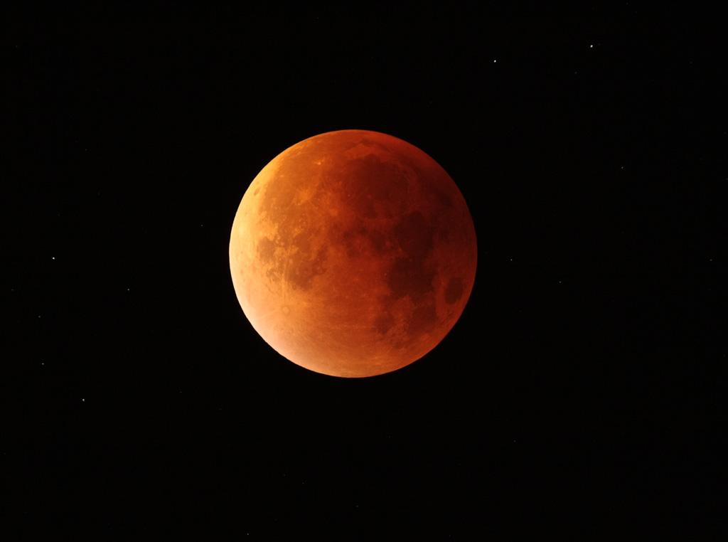 Eclipse de Lune du 28 septembre 2015 - Page 2 IMG_3577tr