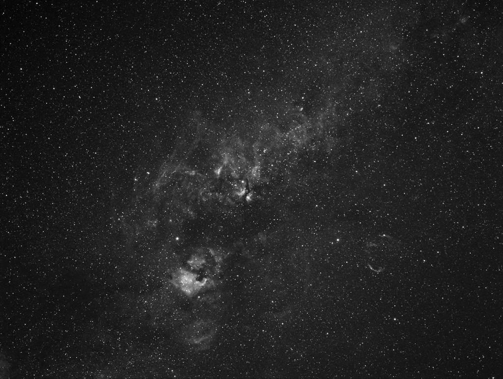 Ciel profond d'été - Page 29 Cygne-28mm-Ha-10x5mn-280711r