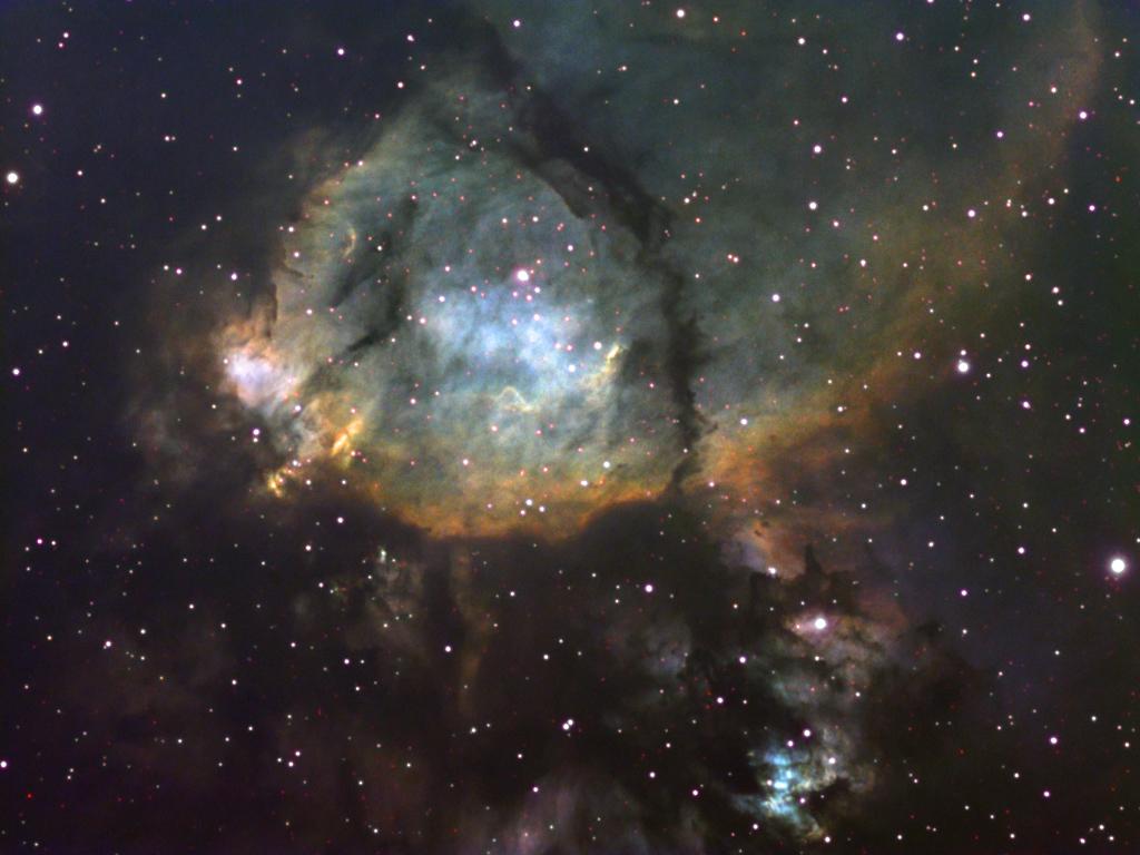Ciel profond de printemps Ic1795-S2HaO3-2010-TEC-LRGB2r
