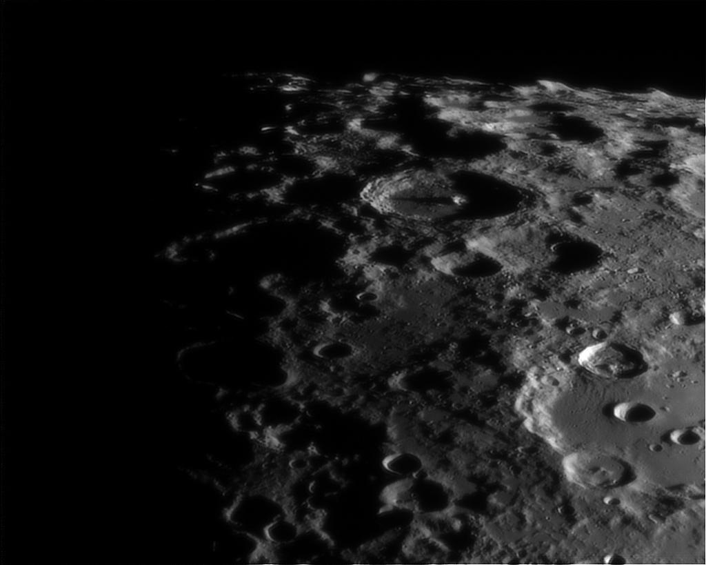 Le planétaire - Page 16 Lune-unc200mm-powermatex5-080912-1