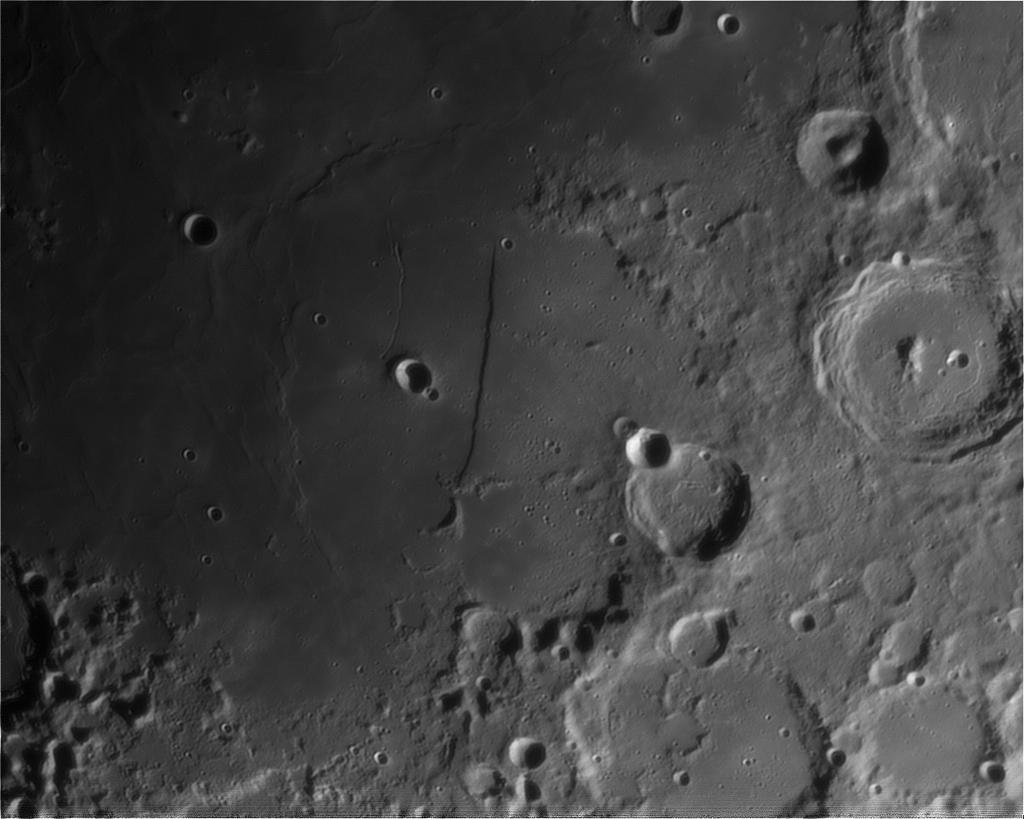 La Lune - Page 21 Lune-unc200mm-powermatex5-290512-3r