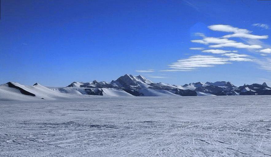 Jean-Louis Etienne prêt à traverser l'Arctique Antarctique-patriothills