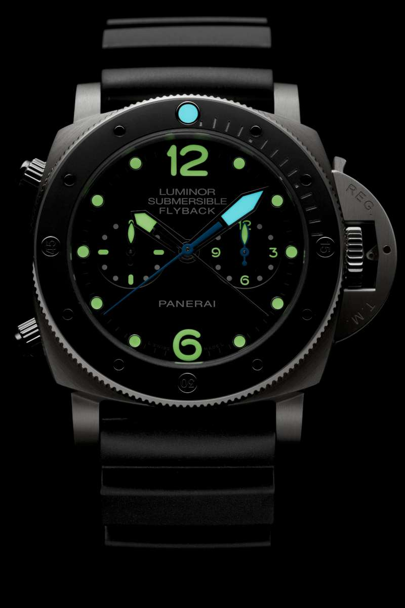 Luminescent watches and how they get their glow PANERAI_PAM00615_DETAIL-3-1200