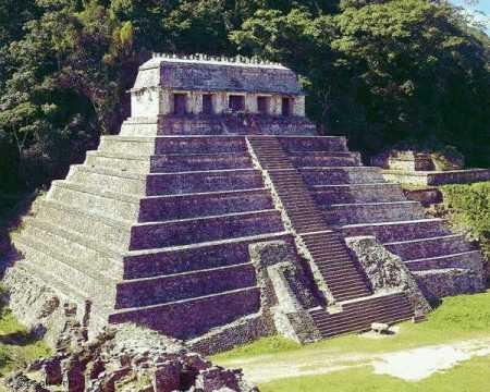 LES 7 MERVEILLES DU FORUM Pc_templedesinscriptions_palenque
