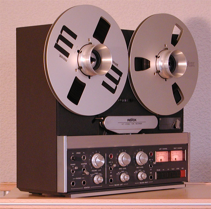 ¿Qué aparato/s vintage os gustaría tener? - Página 5 Revox-B-77-Side-24cm