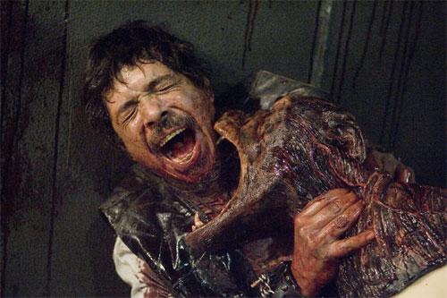 'Resident Evil: Afterlife' - Página 2 Revil3-18