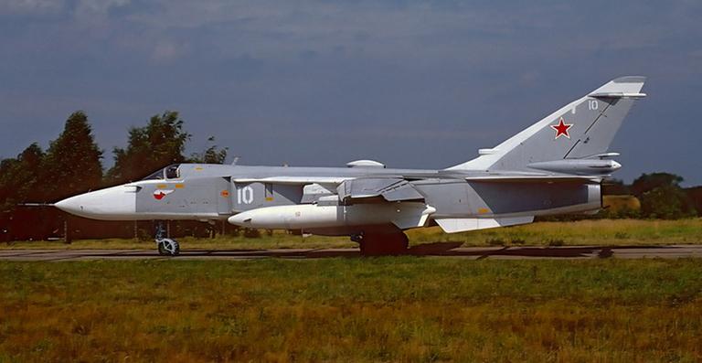 NUEVO SUKHOI SU 34 Sukhoi-Su-24M-Fencer-FA-VVS-JOW-2S