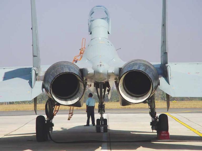 Aerodinámica Irkut-Su-30MKI-TVC-1
