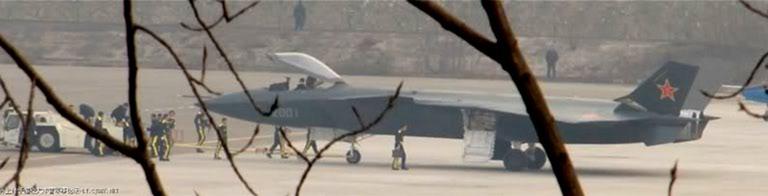 Foros de Internet publican supuestas fotos de segundo avión chino de quinta generación Chengdu-J-XX-VLO-Prototype-13S