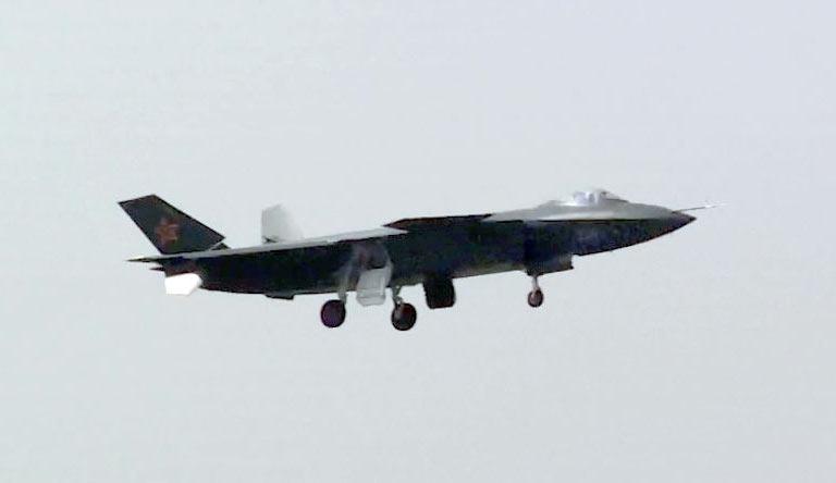 Foros de Internet publican supuestas fotos de segundo avión chino de quinta generación Chengdu-J-XX-VLO-Prototype-23S