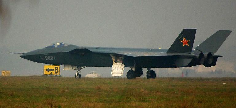 Foros de Internet publican supuestas fotos de segundo avión chino de quinta generación Chengdu-J-XX-VLO-Prototype-2S