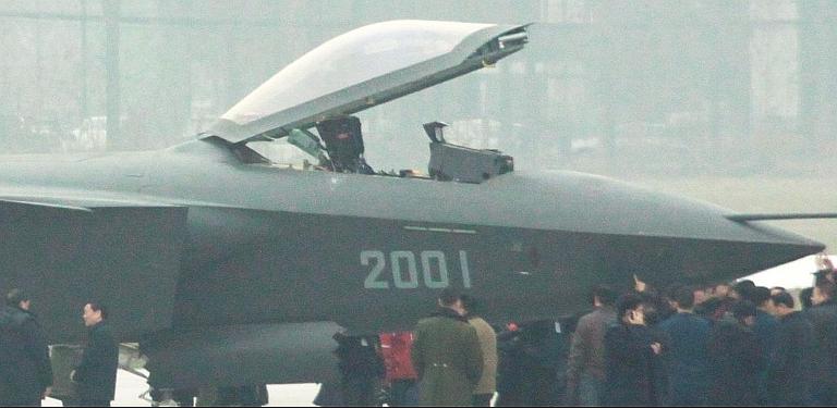Foros de Internet publican supuestas fotos de segundo avión chino de quinta generación Chengdu-J-XX-VLO-Prototype-38S